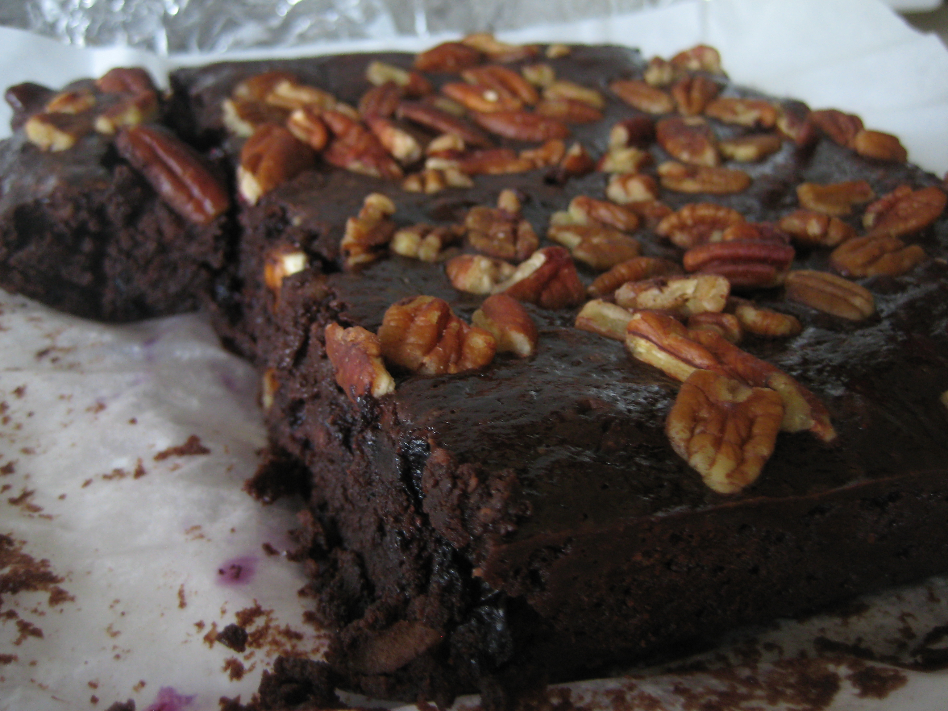 blueberry pecan brownies