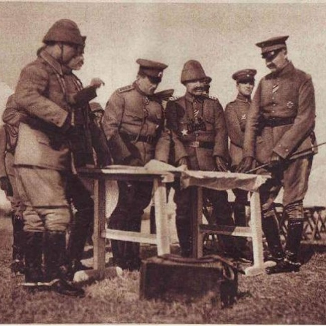Генерал Тошев и Хилми Паша по време на битката при Меджидия