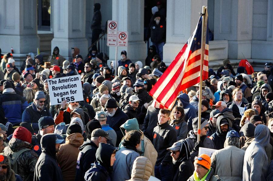 Gun supporters gather in Richmond, Virginia
