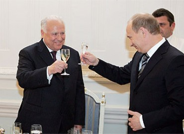 Viktor-Chernomyrdin-and-Vladimir-Putin-3505(1)