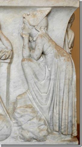 Malpomène, Muse de la Tragédie, sarcophage du Louvre