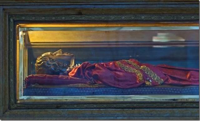Le reliquaire d'argent de Sainte Lucie dans l'église San Geremia, Venise