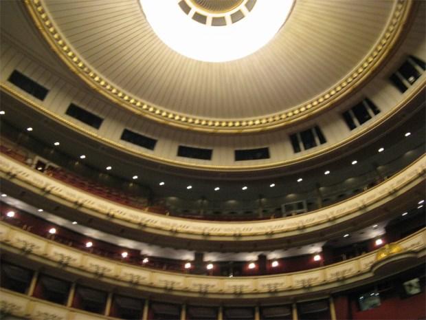 Balcons de l'auditorium du Staastoper