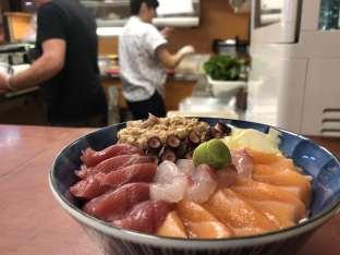 Shirashi de poissons crus