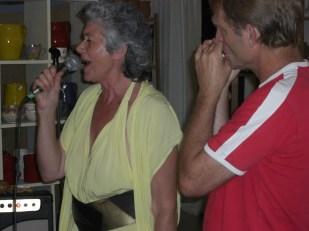 Eliette chante en Avignon.