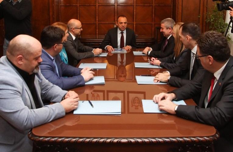 У Покрајинској влади потписан споразум о заједничком наступу на међународним сајмовима