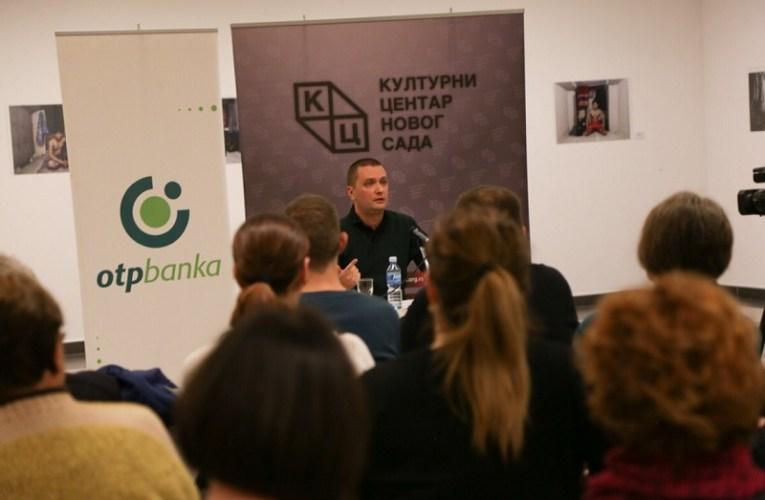 """""""Istoričar Graovac izazvao pažnju Novosađana tribinom o Knezu Mihailu"""""""