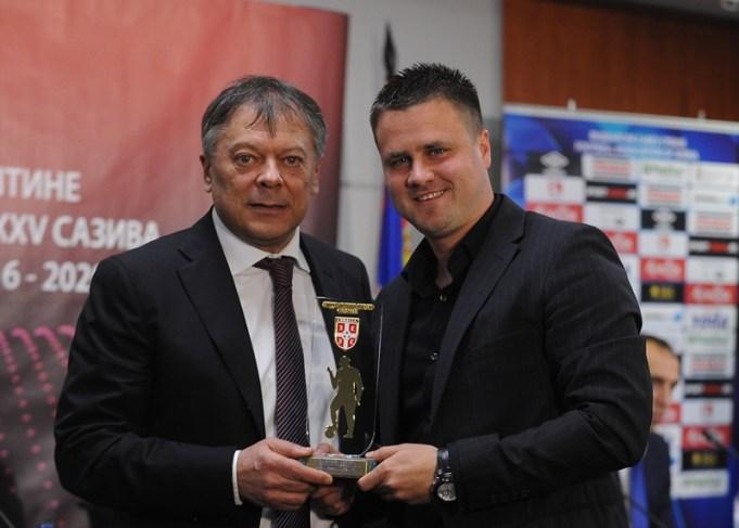 """Trener Ženskog fudbalskog kluba """"Vojvodina"""" Nemanja Savić"""