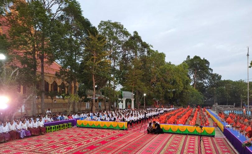 បេក្ខសមណសិស្ស-សិស្ស ៣២៧ អង្គ និងនាក់ នៅក្នុងស្រុកថ្កូវ ខេត្តព្រះត្រពាំង ប្រឡងយកសញ្ញាបត្រពុទ្ធិកមធ្យមសិក្សាបឋមភូមិ ឆ្នាំទី ១ និង ទី ២ នៅខែមករា ឆ្នាំ ២០២១ កន្លងមក ។ រូបៈ ហ្វេសប៊ុក ព្រះតេជព្រះគុណ Khmer Srey Pheap
