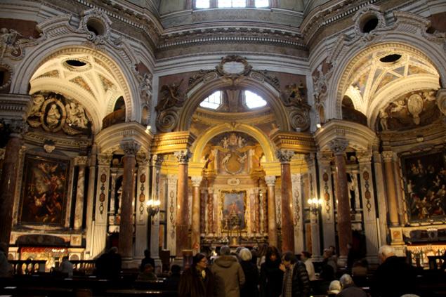 Iglesia de San Lorenzo (Turin) Una iglesia Real