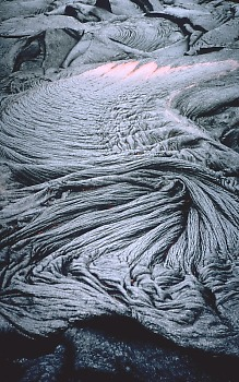 Photo: ropy pahoehoe, Kilauea Volcano, Hawaii