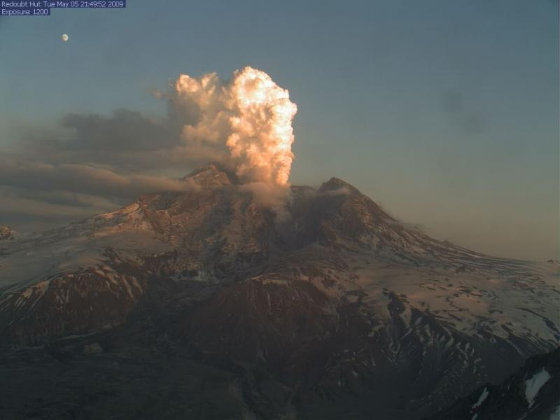 A plume from Mt. Redoubt, 5-5-09.