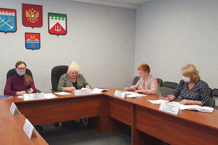 В администрации района обсудили задолженности предприятий