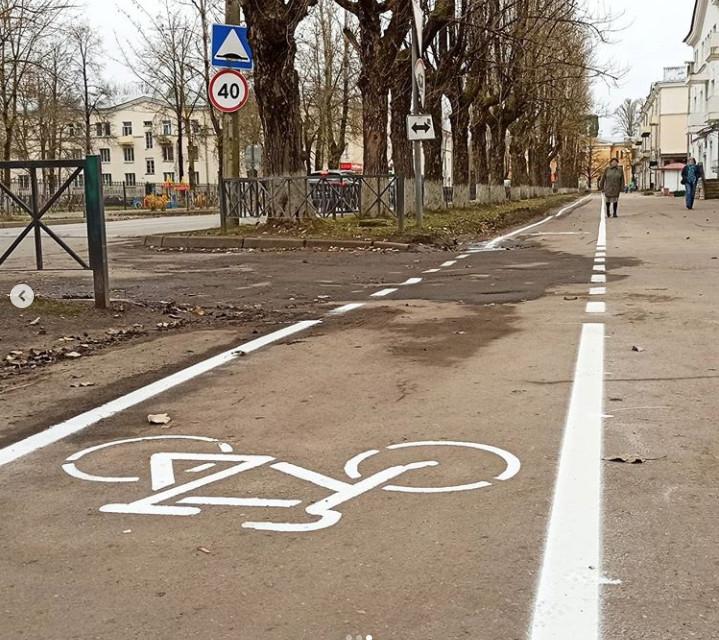 В Волхове появилась разметка для велосипедистов