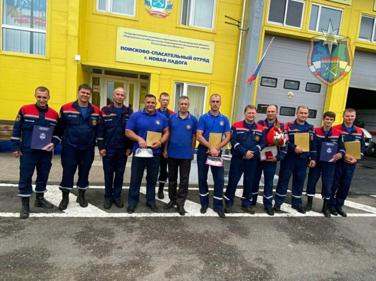 Ленинградские спасатели отметили профессиональный праздник