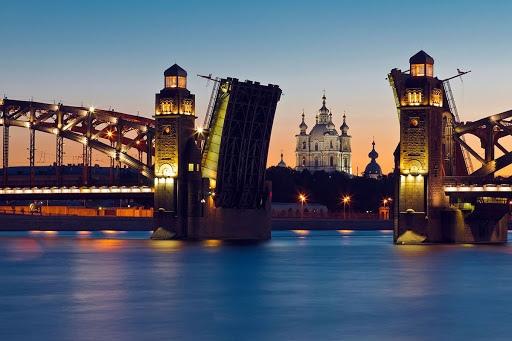 Начало строительства  Большеохтинского моста