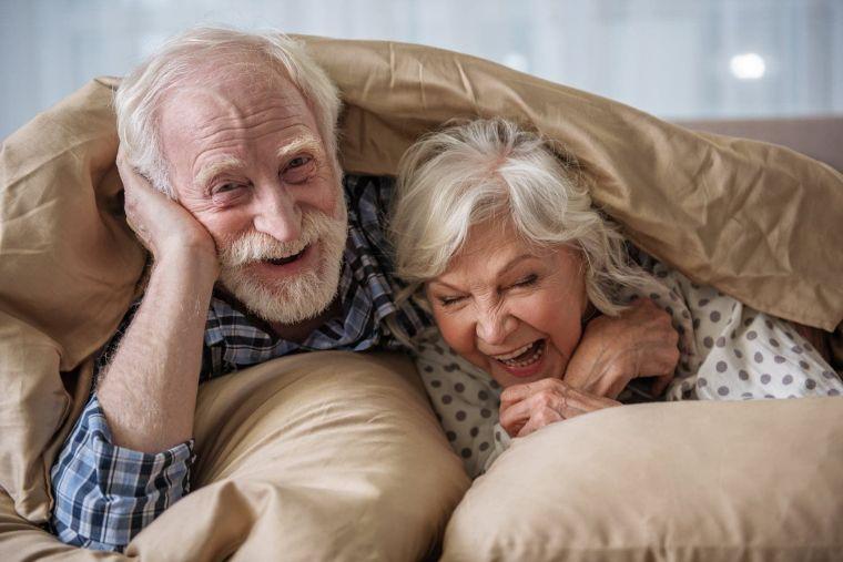 Старички в Ленобласти стали реже болеть ковидом