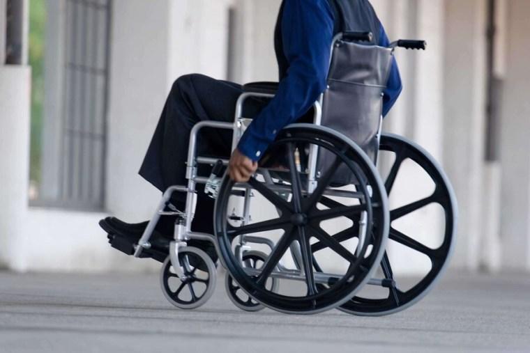 Временный порядок признания гражданина инвалидом продлён до 1 марта 2022 года