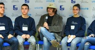 Rambo Amadeus: Država djeci da pruži besplatne sadržaje kako bi smanjili vrijeme provedeno ispred ekrana
