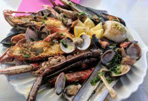 Fischteller Mallorca