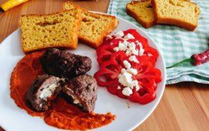 Pljeskavica, Kukuruzni Kruh und Ajvar - die kulinarische Weltreise nach Kroatien