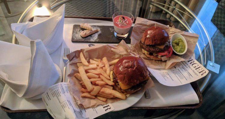 Sheraton Frankfurt - enttäuschender Burger aus der Taverne