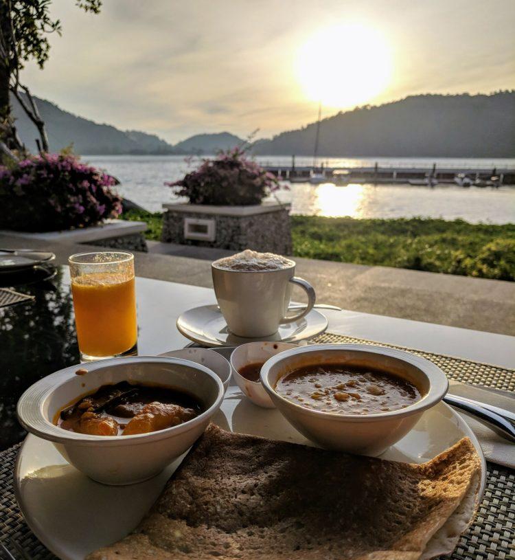 Indisches Frühstück auf Pankor Laut mit Ausblick