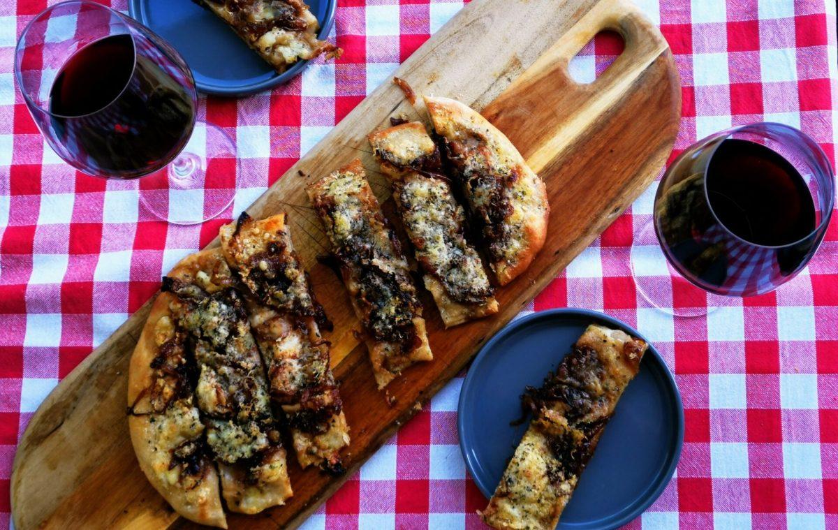 Argentinische Fugazzeta – der Pizza – Focaccia – Zwiebelkuchen Mix