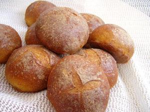 Süßkartoffel-Brötchen & Brot