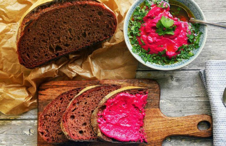 Rote Beete Brot aus dem Topf