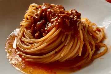 Spaghetti di Gragnano al Ragù Arrabbiato