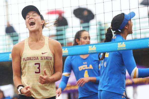 NCAA volleyball: Top beach teams get victories, USC men ...