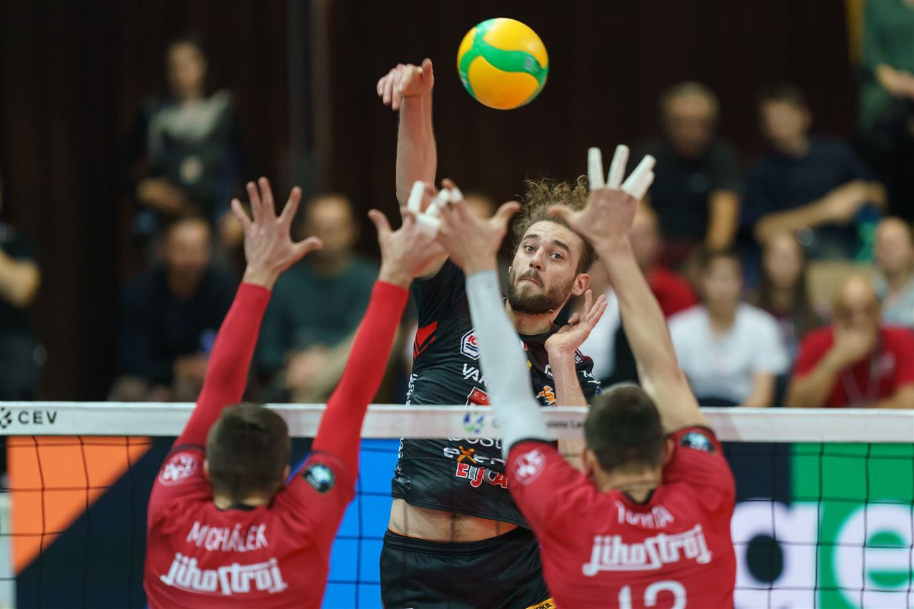 Champions League: České Budějovice fight but Lube Civitanova won in four sets, Trentino from 0-2 to 3-2 vs. Fenerbahçe