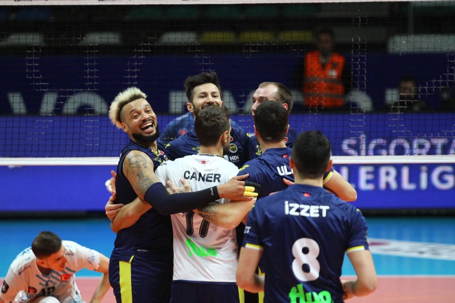 Turkey: Fenerbahçe give no chance to Halkbank to become the new leader of EfelerLigi