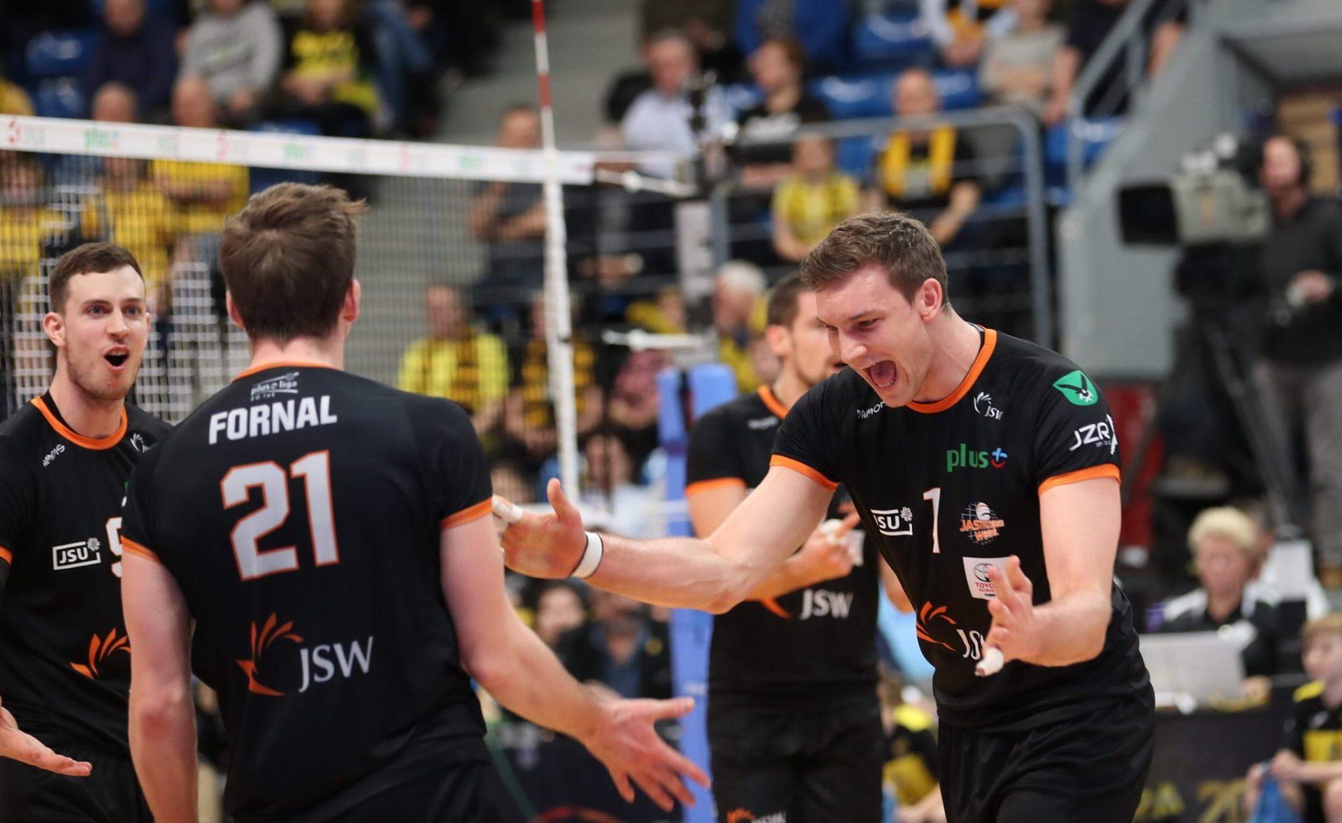 Poland: Jastrzębski Węgiel wins derby vs. PGE Skra Bełchatów