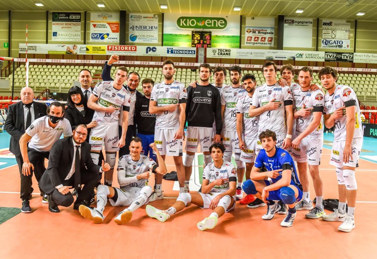 Italy: Padova destroys Cisterna in advance of Round 5 of playoffs for 5th place