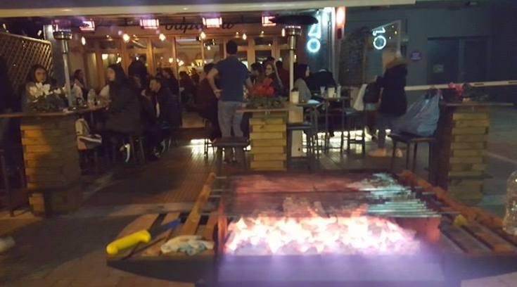 ΤΩΡΑ: ΔΕΣ πως το τσικνίζουν στο Βολονάκι (ΦΩΤΟ)