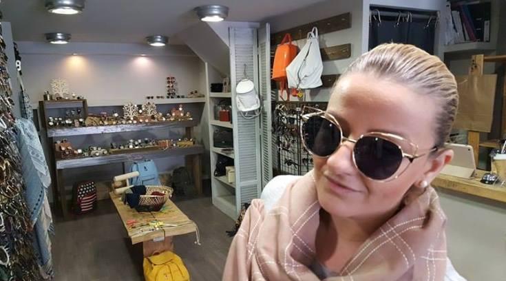 ΖΙΚ: Η Καρολίνα έχει τα πιο στιλάτα γυαλιά από 15 ευρώ! Δες!