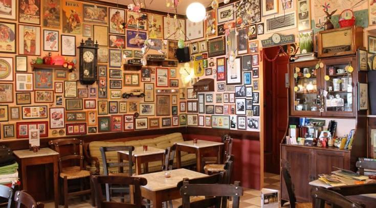 Ένα από τα πιο περίεργα καφενεία της χώρας στις Μηλιές! (ΦΩΤΟ)