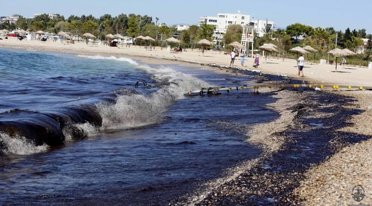 Της Μ. Διομήδους: Ρύπανση Θαλασσίων Υδάτων από Πετρελαιοειδή, Πλαστικά & Βιομηχανικά Απόβλητα