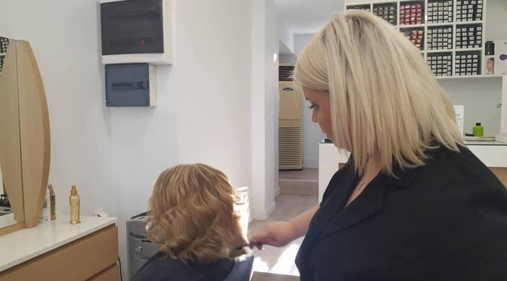 Θεραπεία μαλλιών και χτένισμα ΜΟΝΟ 15 ευρώ!