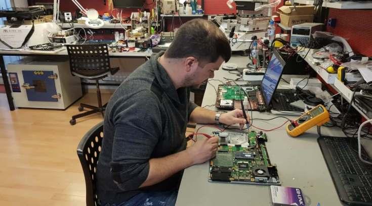 Φοιτητής; Επισκευή, καθαρισμός & format στο laptop έως και 25% φθηνότερα!