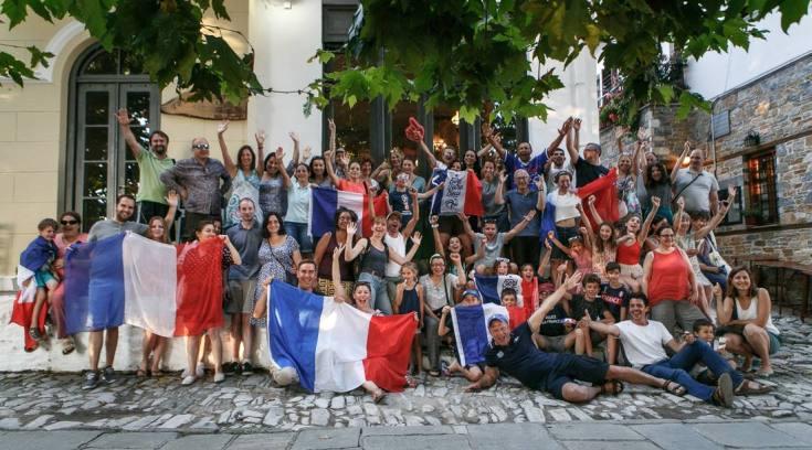 Ο Άγιος Λαυρέντιος έγινε…Γαλλία, αφού ο Λαυρέντης μας έφερε Γαλλίδα!