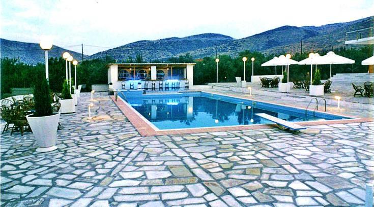 Νέο κτήμα για γάμους με τη μεγαλύτερη πισίνα & πάρκινγκ της πόλης!