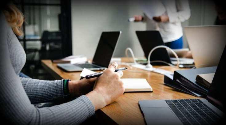 Θα δούλευες ως υπάλληλος γραφείου; Να μια θέση για εσένα!