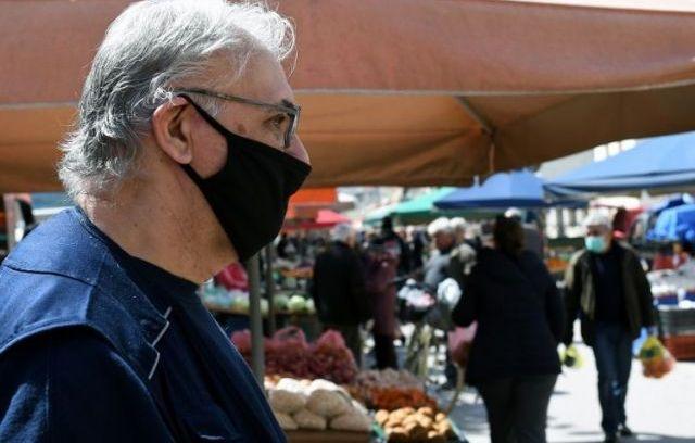 Oδηγίες για να φτιάξεις τη δική σου υφασμάτινη μάσκα