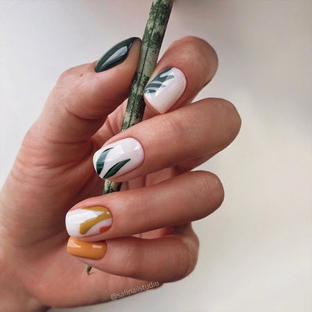 Модный дизайн ногтей 2021 на короткие ногти