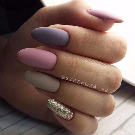 Matte Manicure com brilhos