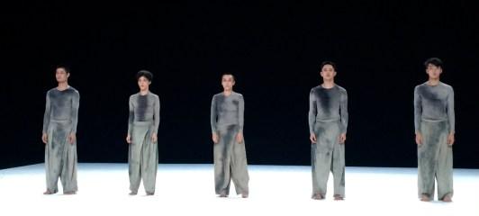 ballarins-de-5-tao-dancer-theater-mercat-de-les-flors-voltar-i-voltar-1