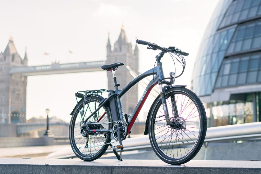 The VOLT Pulse hybrid e-bike in front of London's Tower Bridge